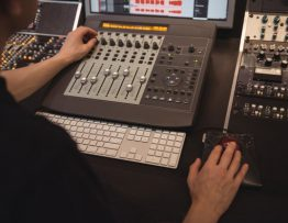 Mengintip 3 Penyebab Kerusakan pada Perangkat Sound System